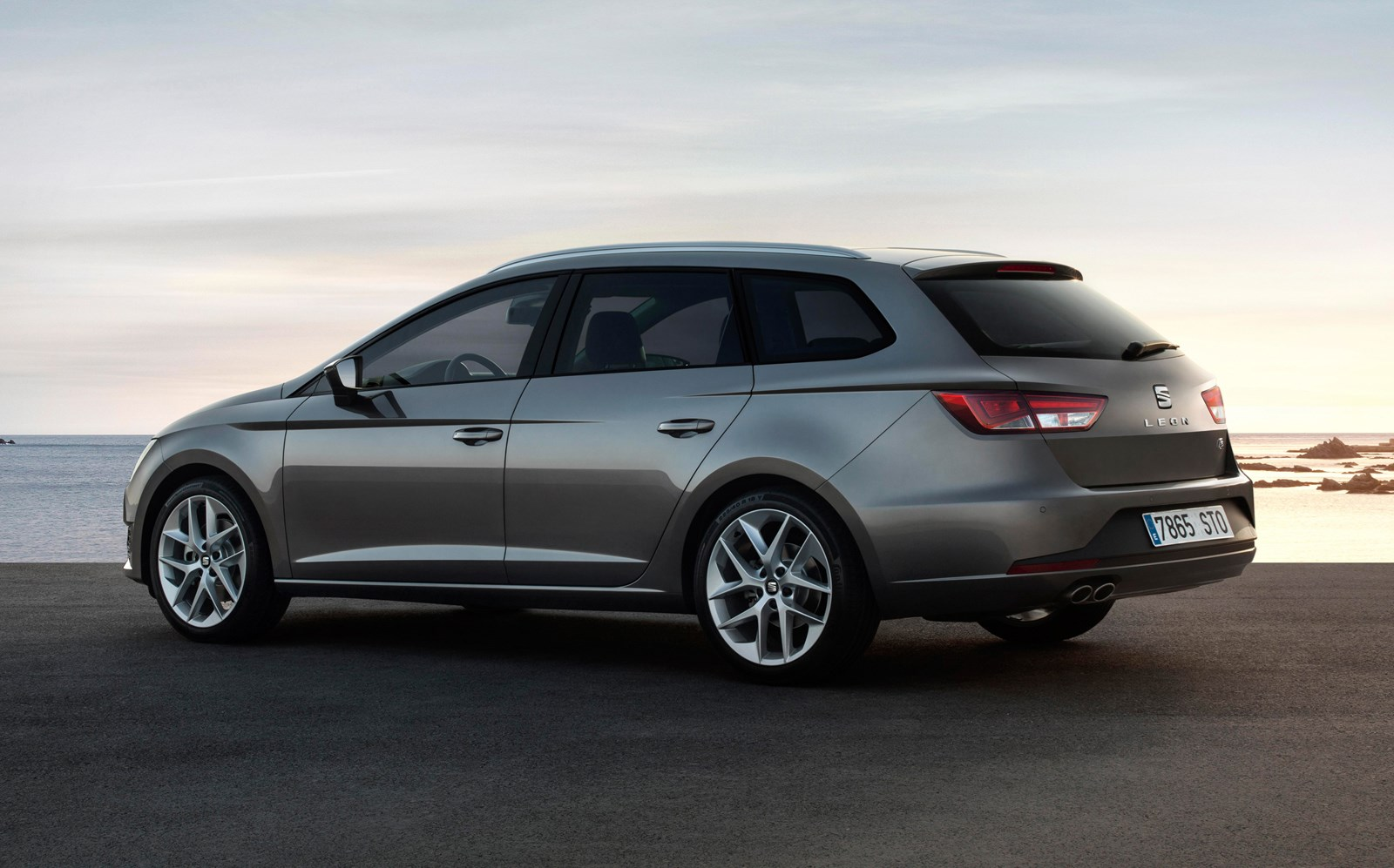 Seat Leon St 2019 Practicality Boot Space Parkers
