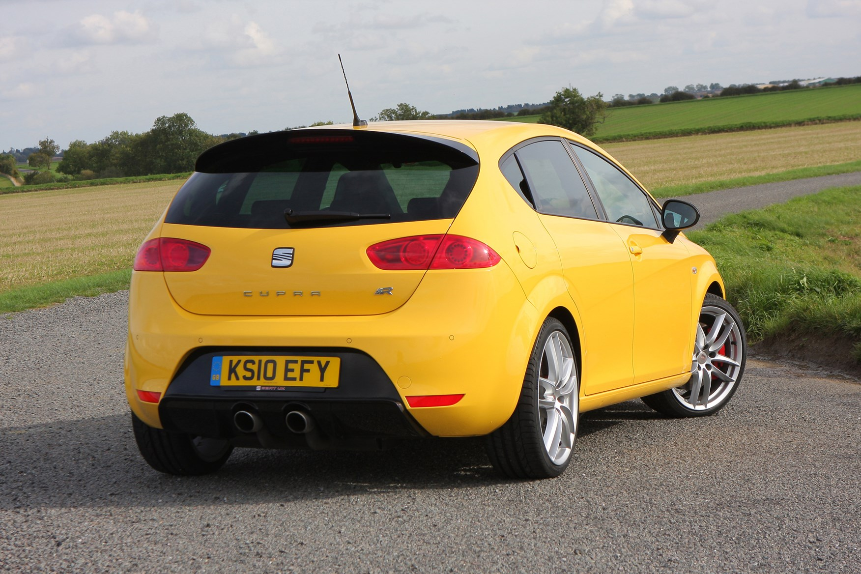 seat leon cupra r 2010 2012 running costs parkers. Black Bedroom Furniture Sets. Home Design Ideas