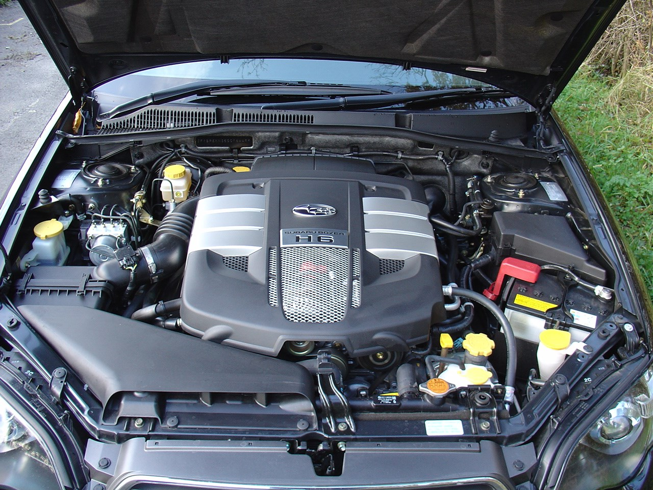2001 Subaru Legacy Engine Bay 2009 Compartment Diagram Sports Tourer Running Costs Parkers 1280x960