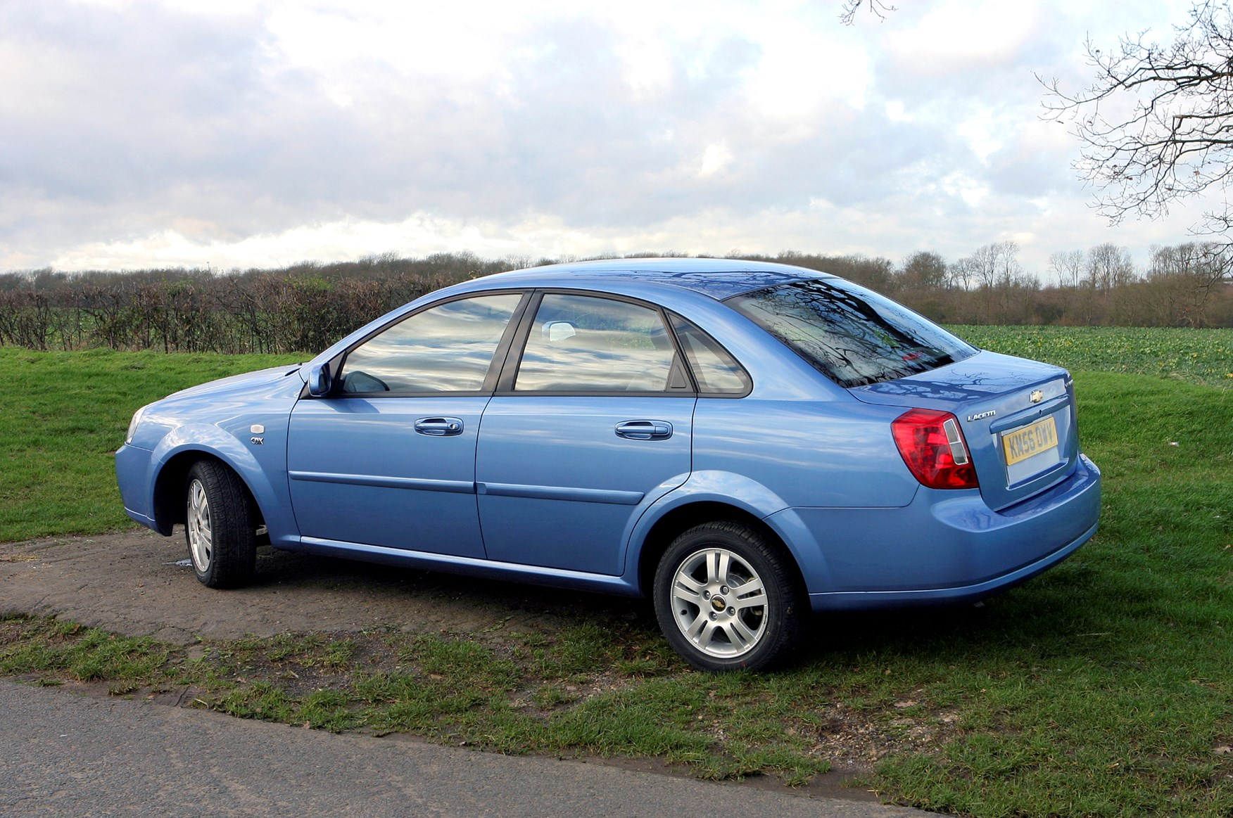 Used Chevrolet Lacetti Saloon (2005 - 2006) Review | Parkers