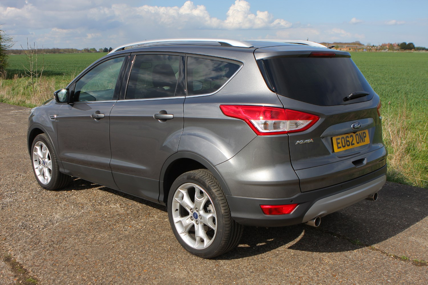 ford kuga estate 2012 features equipment and. Black Bedroom Furniture Sets. Home Design Ideas