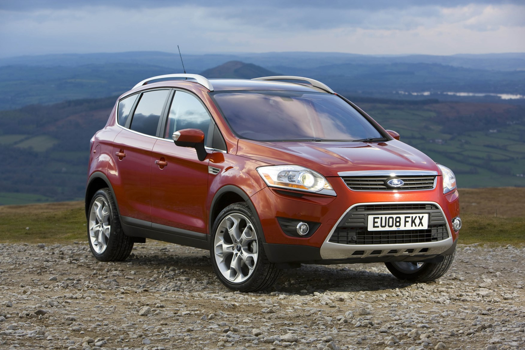 Car Ford Kuga: reviews of owners, specifications and features 25