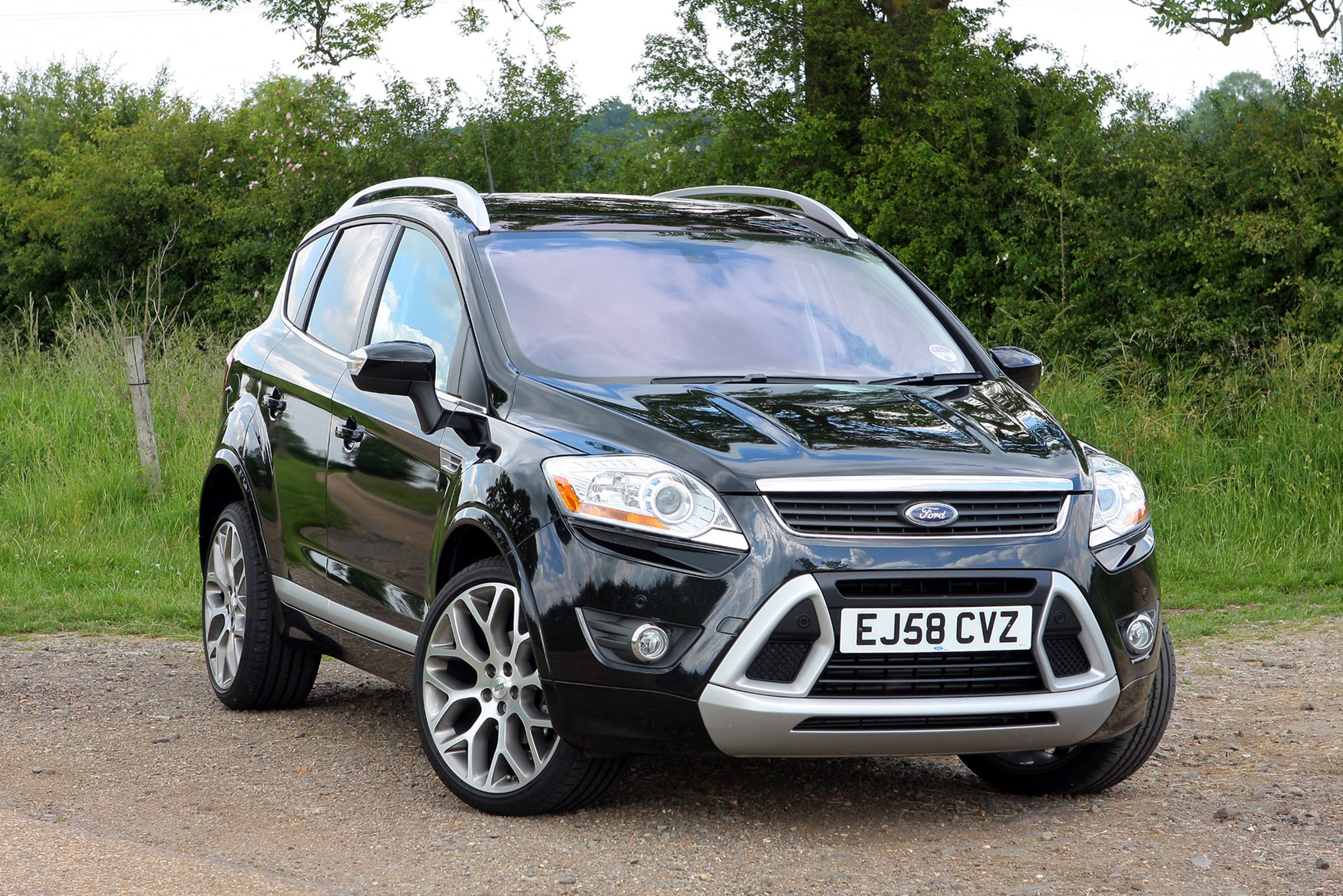 Car Ford Kuga: reviews of owners, specifications and features 71