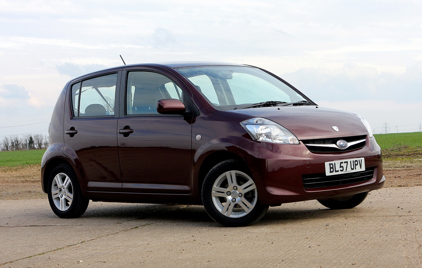 Subaru Justy Hatchback Review 2007 2009 Parkers