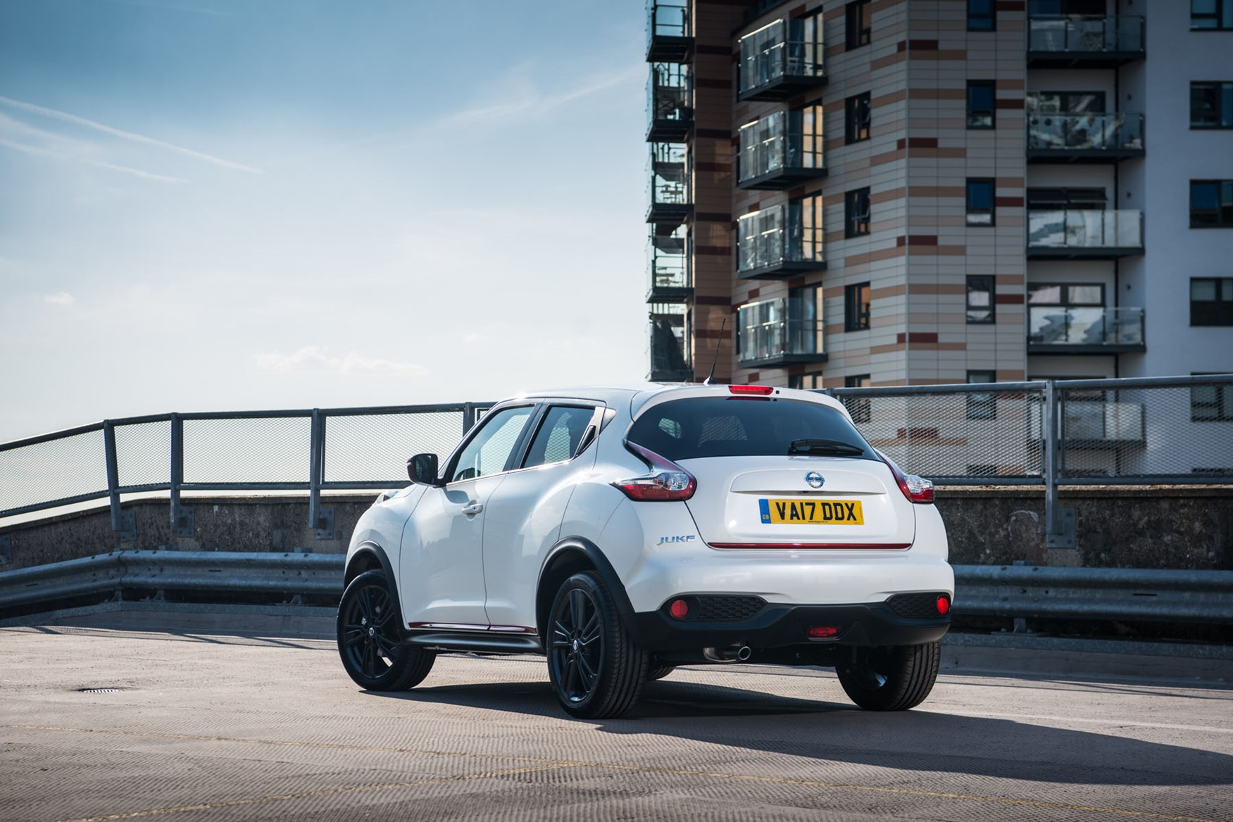 Nissan Juke (2019) MPG, Running Costs, Economy & CO2 | Parkers