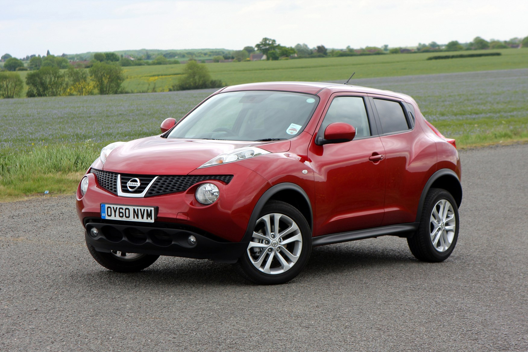 Nissan Juke Estate (2010 - ) Photos | Parkers