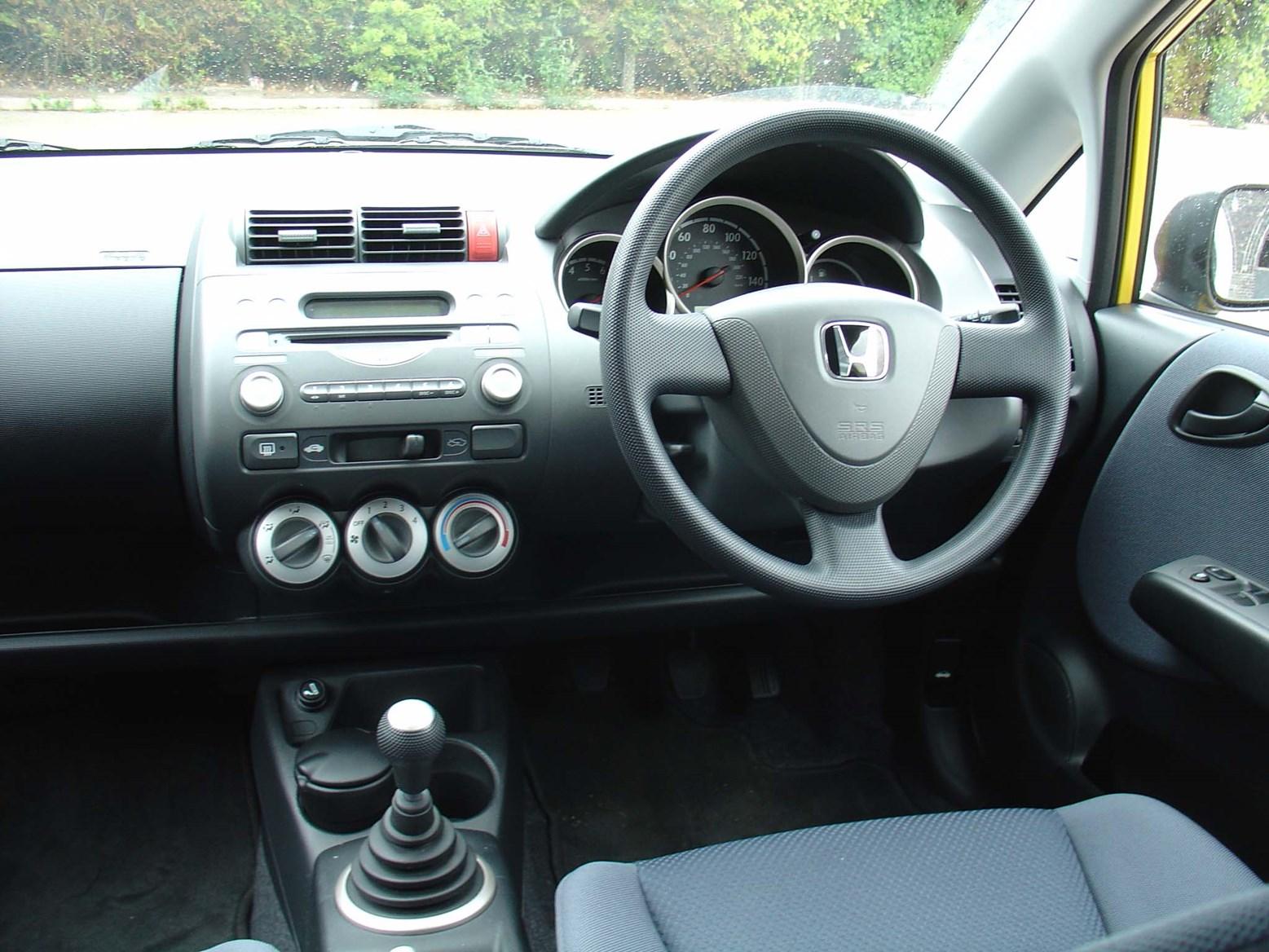 Honda Jazz Hatchback 2002 2008 Features Equipment And