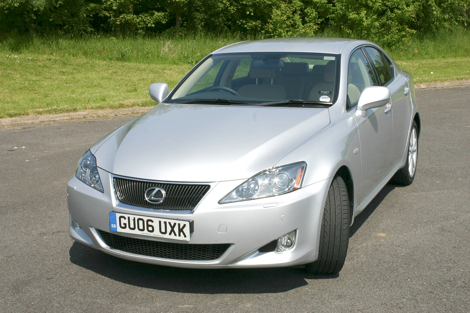 Used Lexus IS Saloon (2005 - 2012) Practicality | Parkers