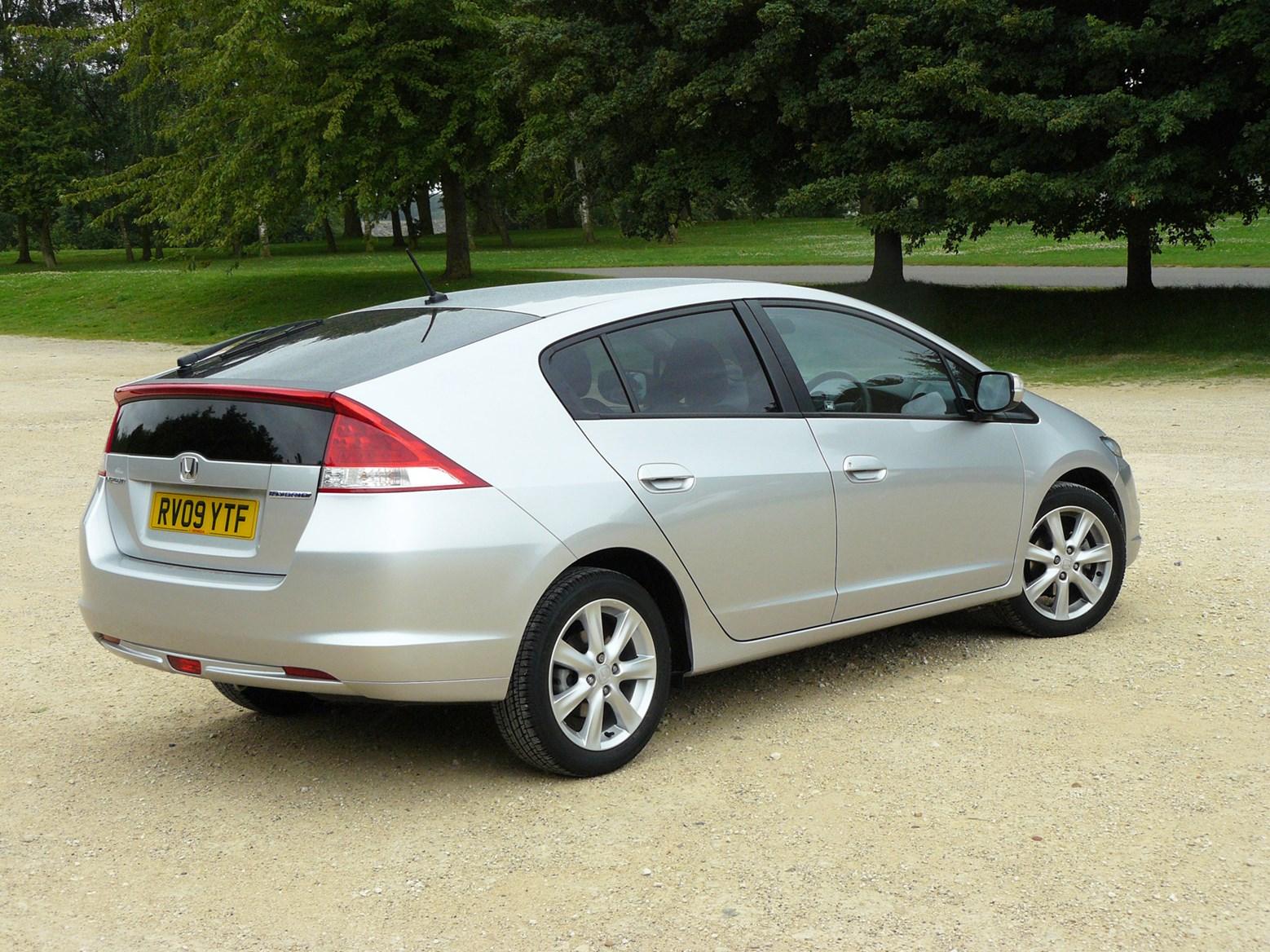Honda Insight Hatchback Review (2009 - 2014) | Parkers