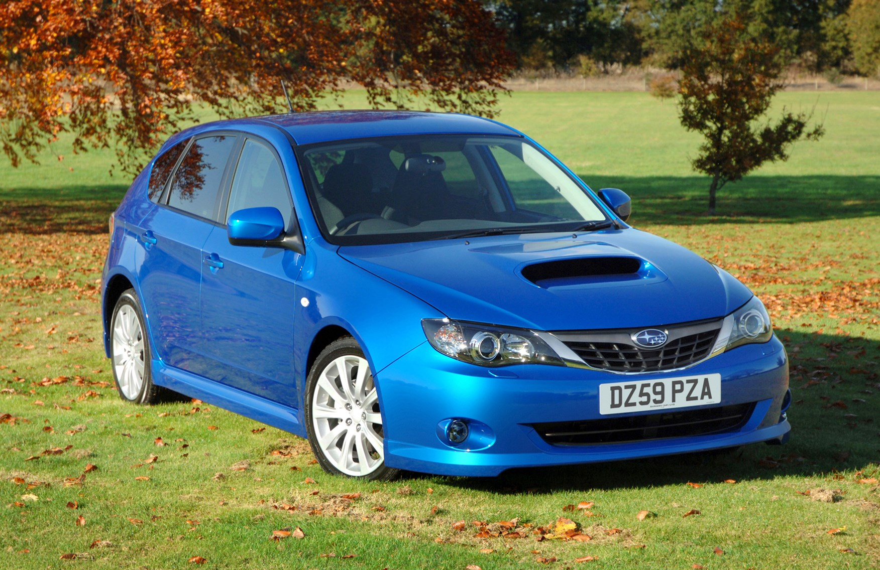 subaru impreza hatchback 2007 2012 driving. Black Bedroom Furniture Sets. Home Design Ideas