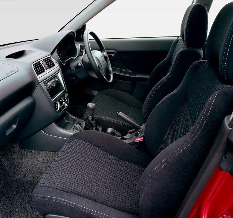 Used Subaru Impreza Estate 2000 2005 Review Parkers