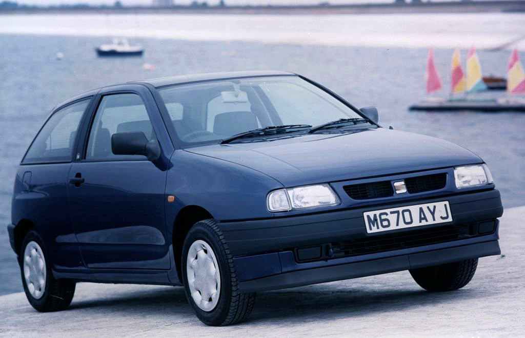 seat ibiza hatchback review 1993 1999 parkers. Black Bedroom Furniture Sets. Home Design Ideas