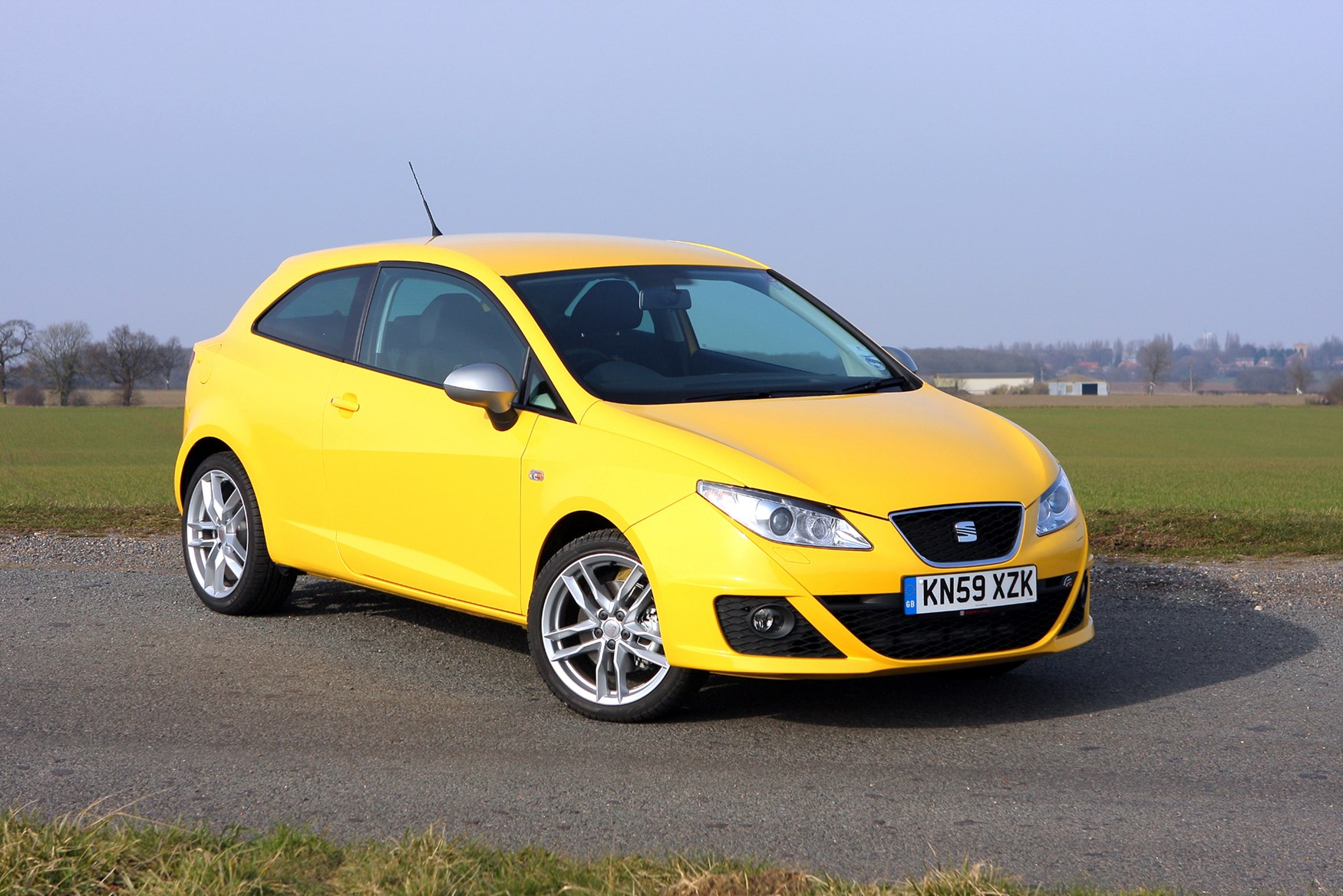 seat ibiza fr review 2009 parkers. Black Bedroom Furniture Sets. Home Design Ideas