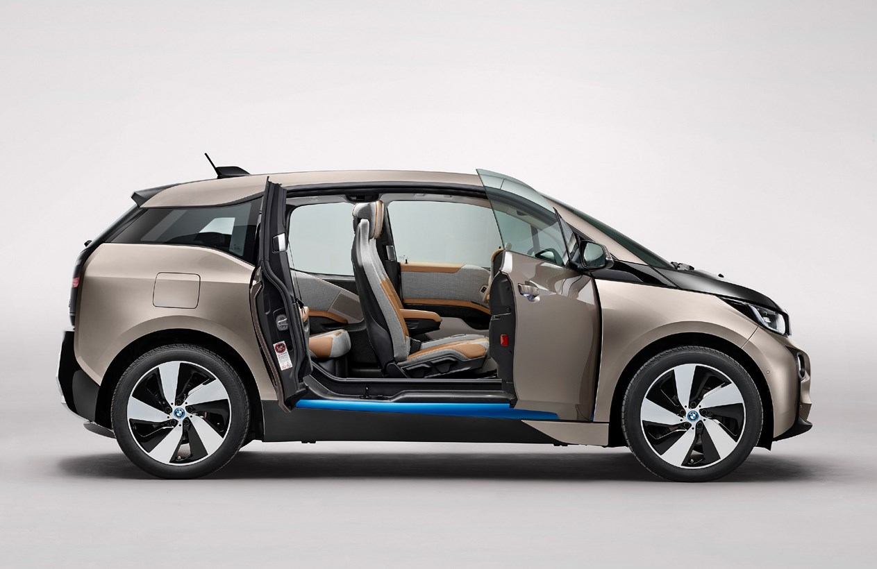 BMW i3 Hatchback Review 2013    Parkers