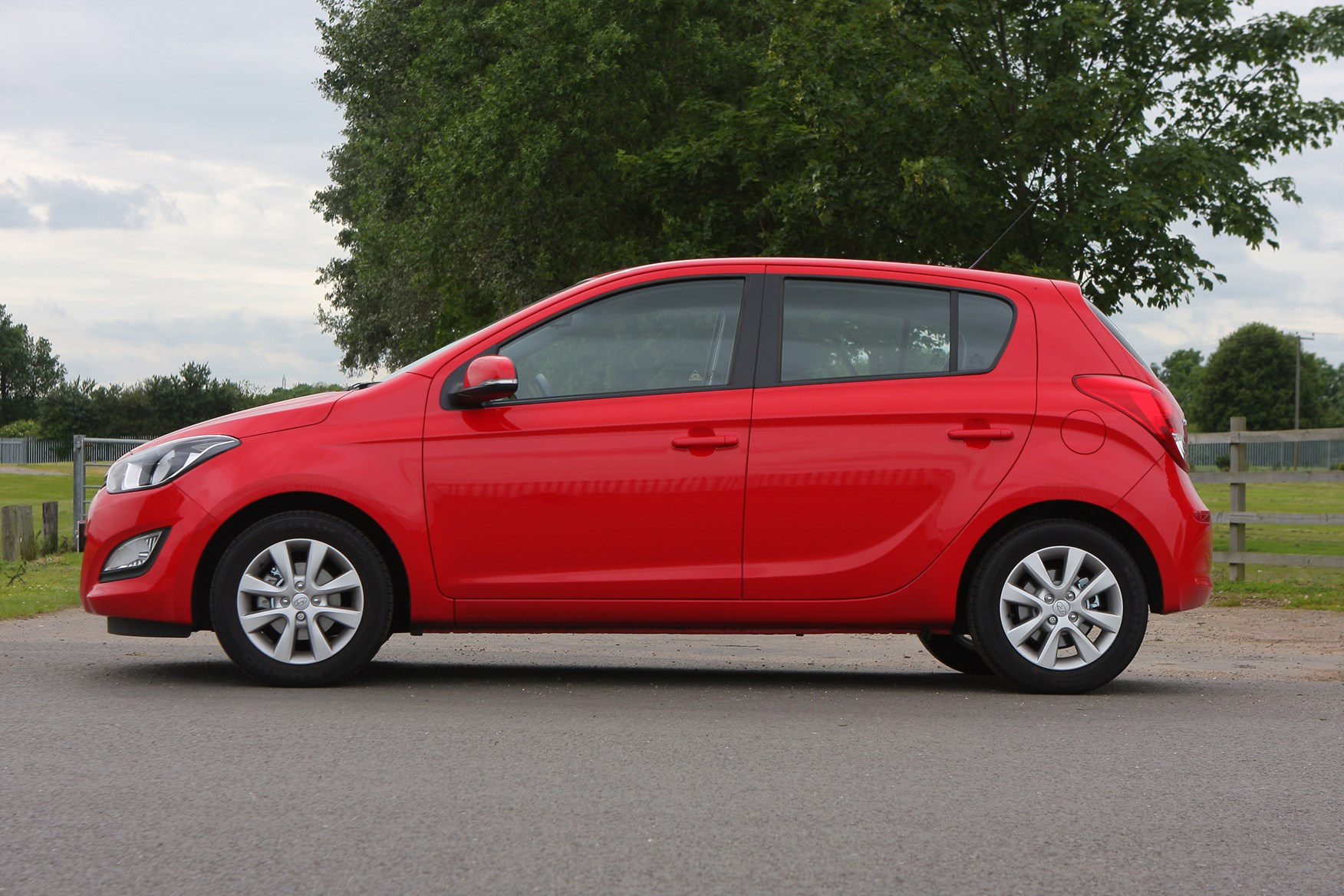 Hyundai I20 Hatchback Review 2009 2014 Parkers Ix20 Wiring Diagram How Much Is It To Insure