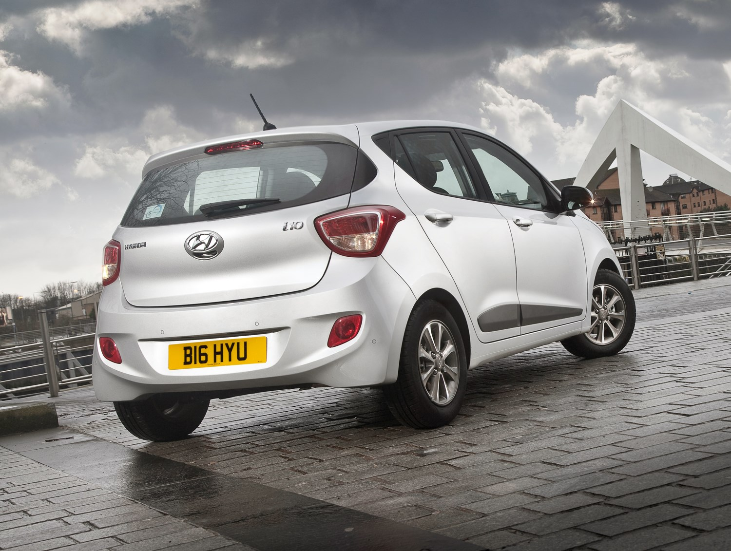 Silver Hyundai i10 rear static