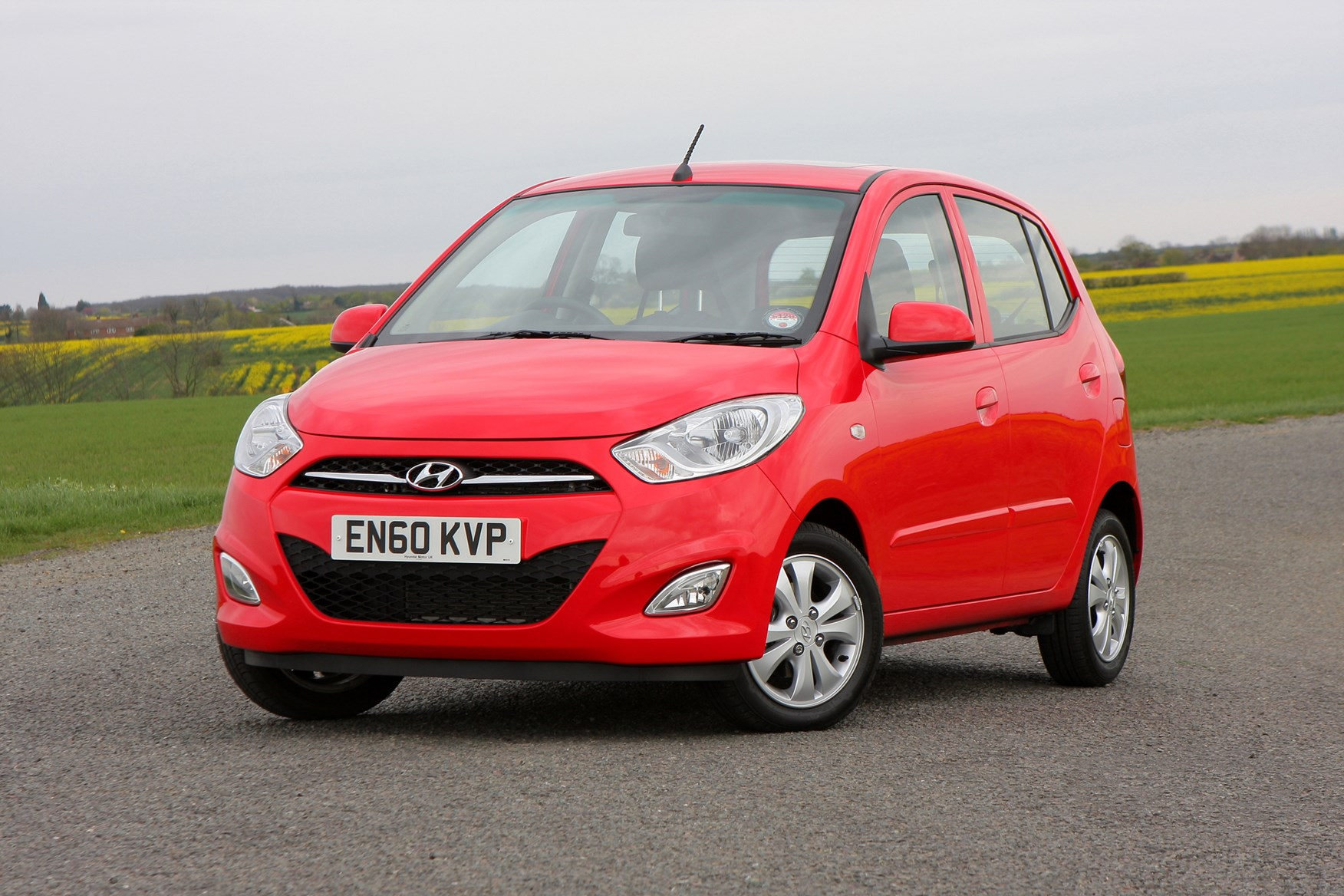 Hyundai i10 Hatchback Review (2008 - 2013) | Parkers