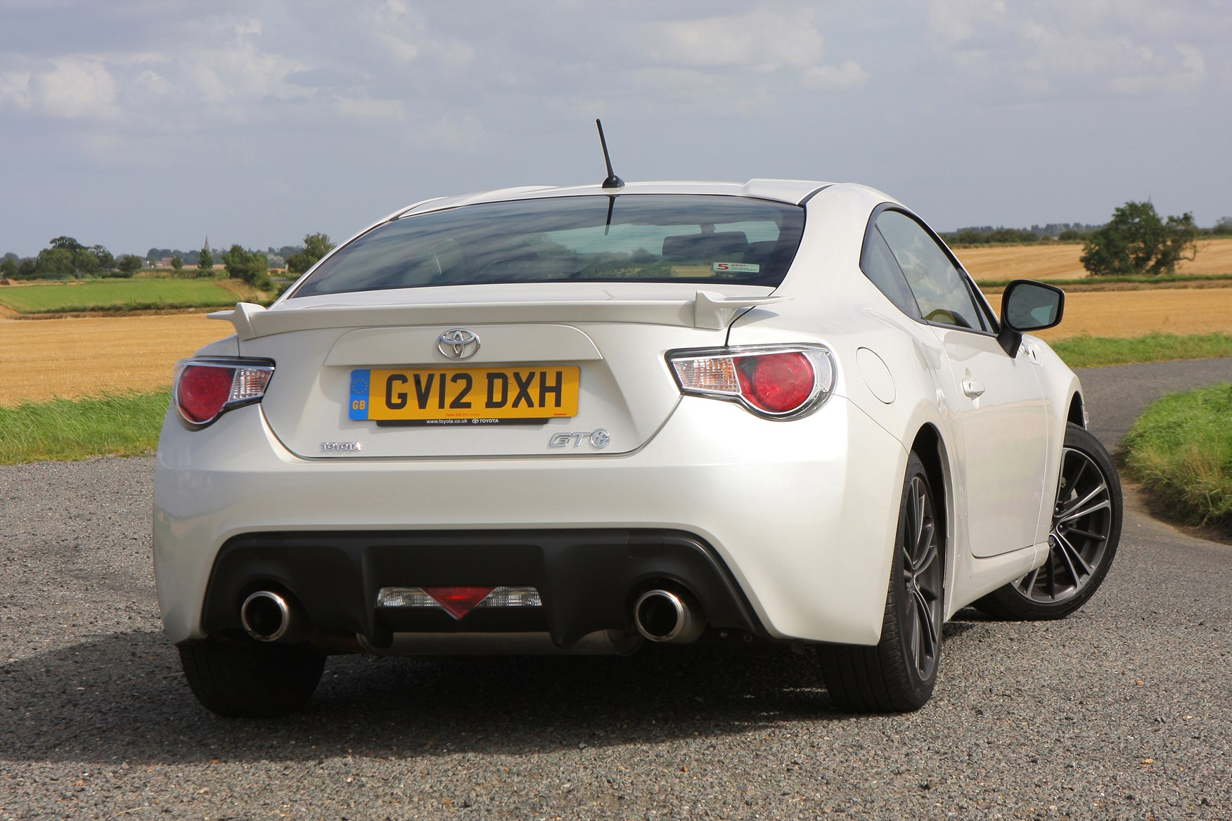 toyota gt86 coupe review parkers. Black Bedroom Furniture Sets. Home Design Ideas