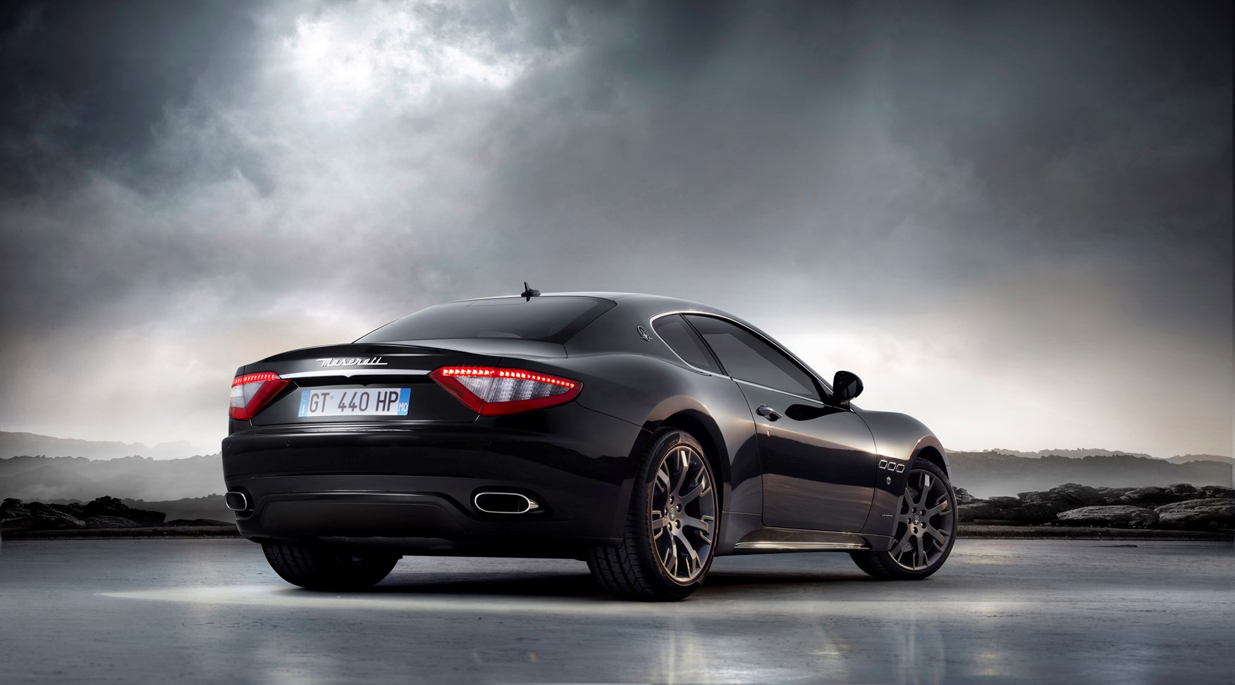 maserati granturismo review verdict parkers. Black Bedroom Furniture Sets. Home Design Ideas