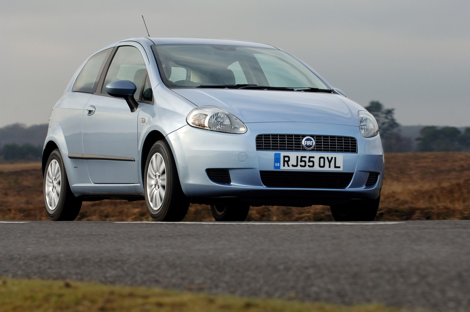 fiat grande punto hatchback 2006 2010 running costs. Black Bedroom Furniture Sets. Home Design Ideas