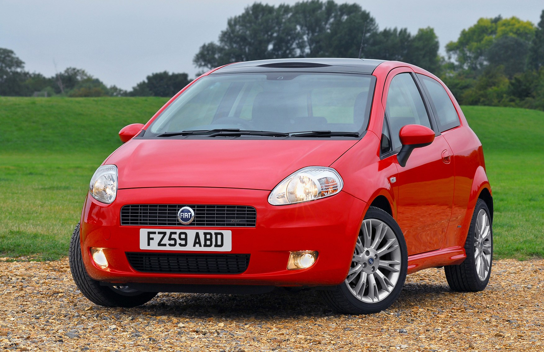 Fiat Grande Punto Hatchback Review 2006 2010 Parkers Fuse Box In