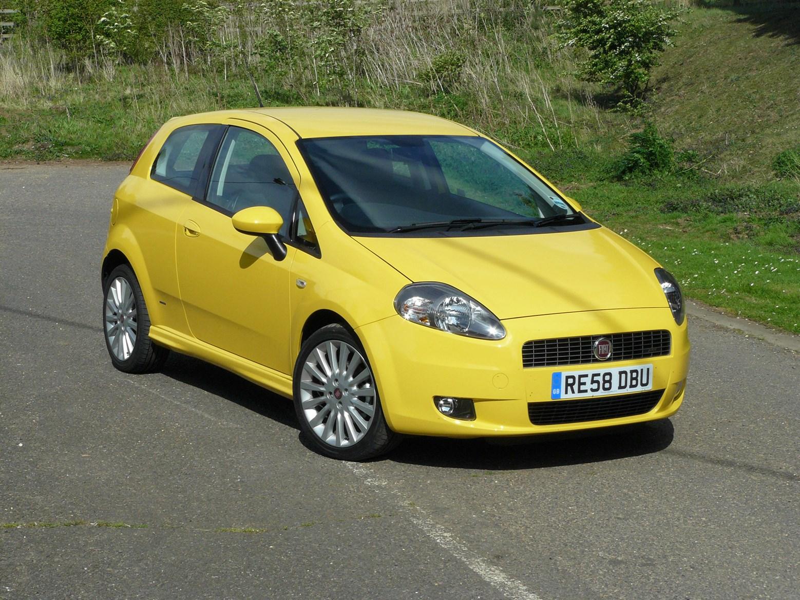 Fiat Grande Punto Hatchback Review (2006 - 2010) | Parkers on fiat linea, fiat seicento, fiat doblo, fiat stilo, fiat 500 turbo, fiat bravo, fiat panda, fiat x1/9, fiat 500 abarth, fiat coupe, fiat cars, fiat 500l, fiat marea, fiat spider, fiat cinquecento, fiat multipla, fiat ritmo, fiat barchetta,