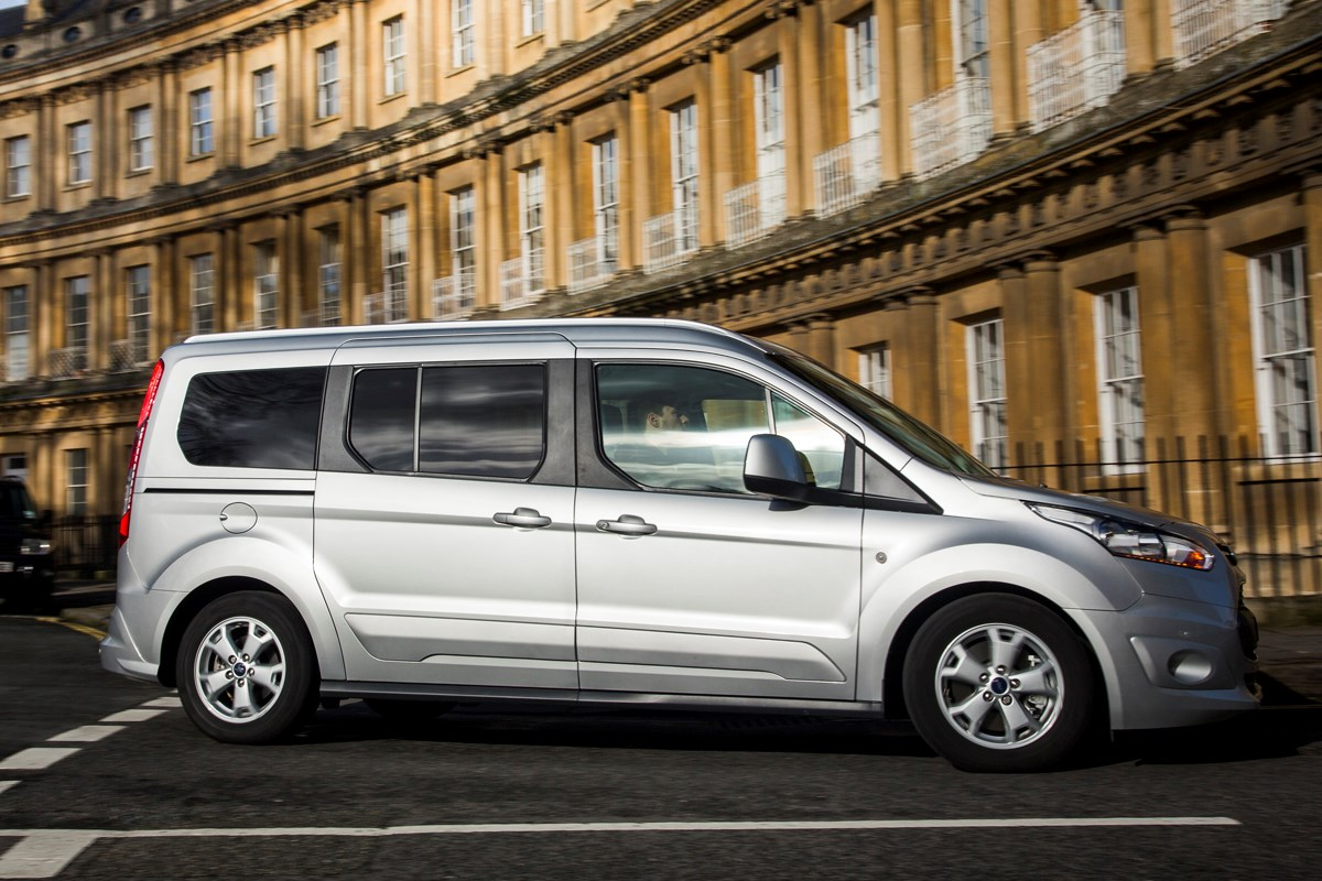 ford grand tourneo connect estate review 2013 parkers. Black Bedroom Furniture Sets. Home Design Ideas