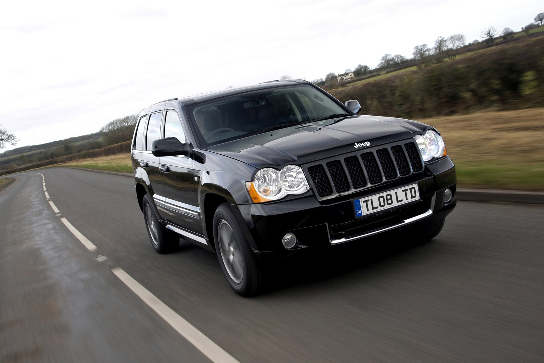 jeep grand cherokee station wagon review 2005 2010 parkers. Cars Review. Best American Auto & Cars Review