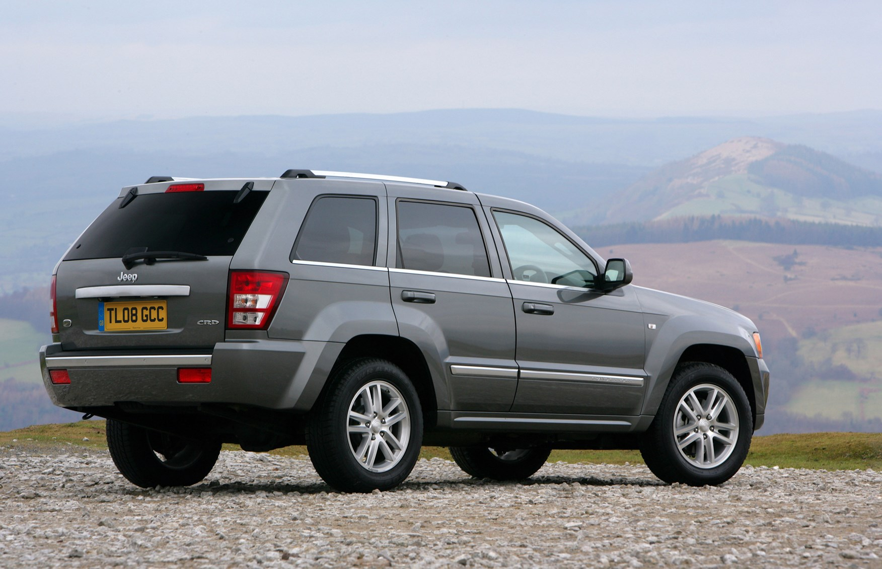 Jeep Grand Cherokee Station Wagon Review 2005 2010 Parkers 2013 Overland Summit