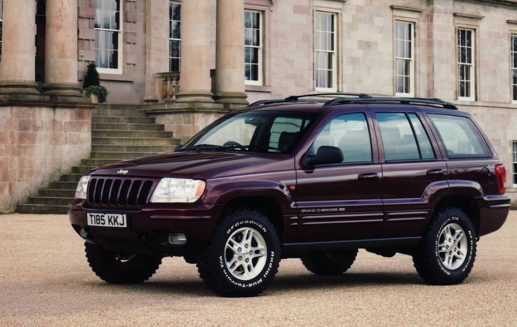 Jeep Grand Cherokee Station Wagon Review (1999   2004) | Parkers