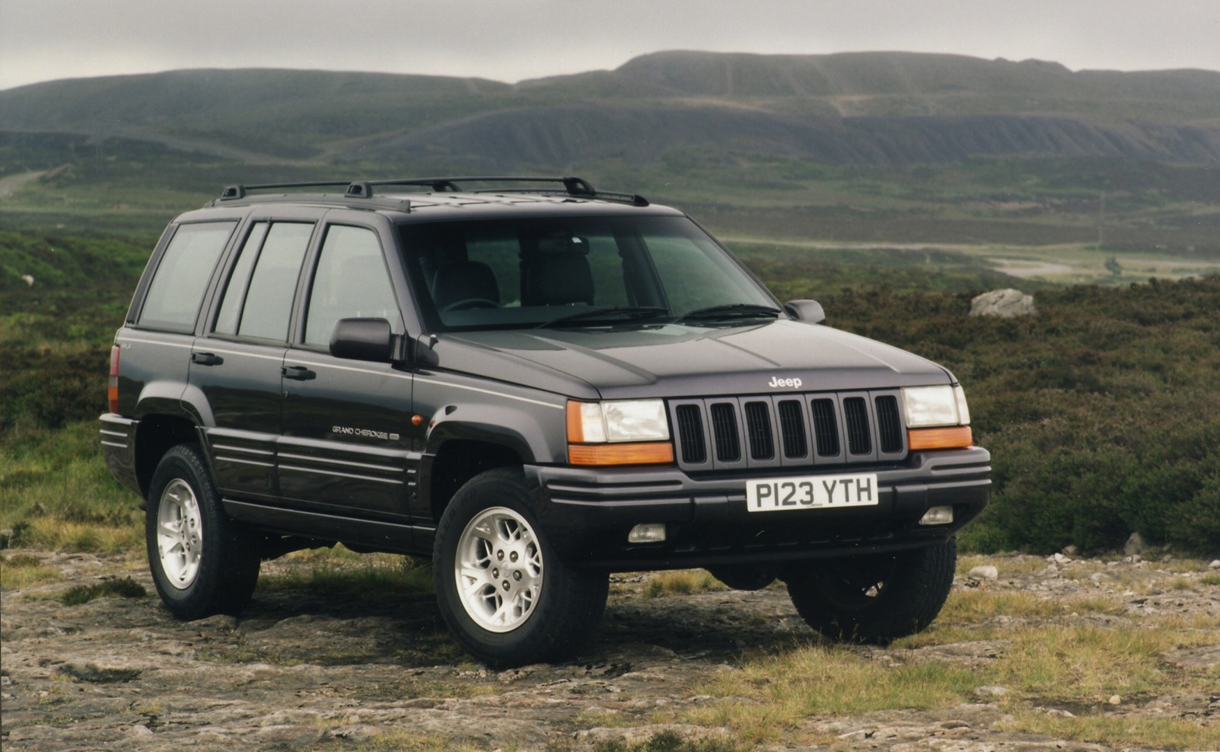 Jeep Grand Cherokee Station Wagon Review (1994   1999)   Parkers