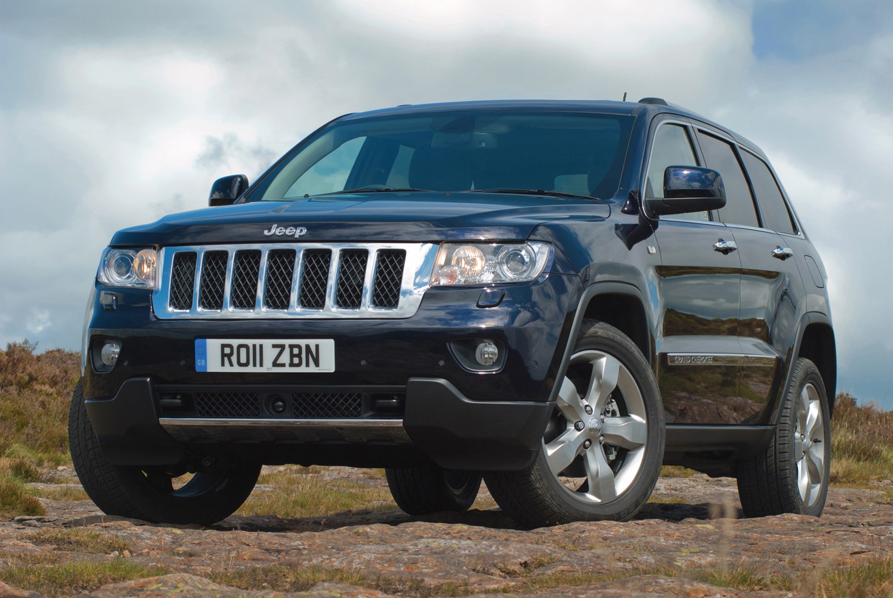 jeep grand cherokee estate 2011 running costs parkers. Black Bedroom Furniture Sets. Home Design Ideas