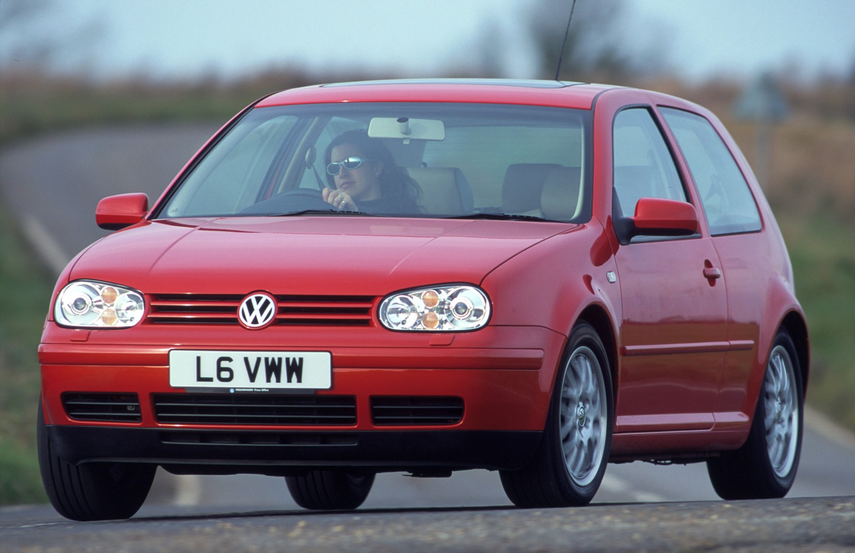 Golf Gtd Review >> Volkswagen Golf Hatchback Review (1997 - 2004) | Parkers