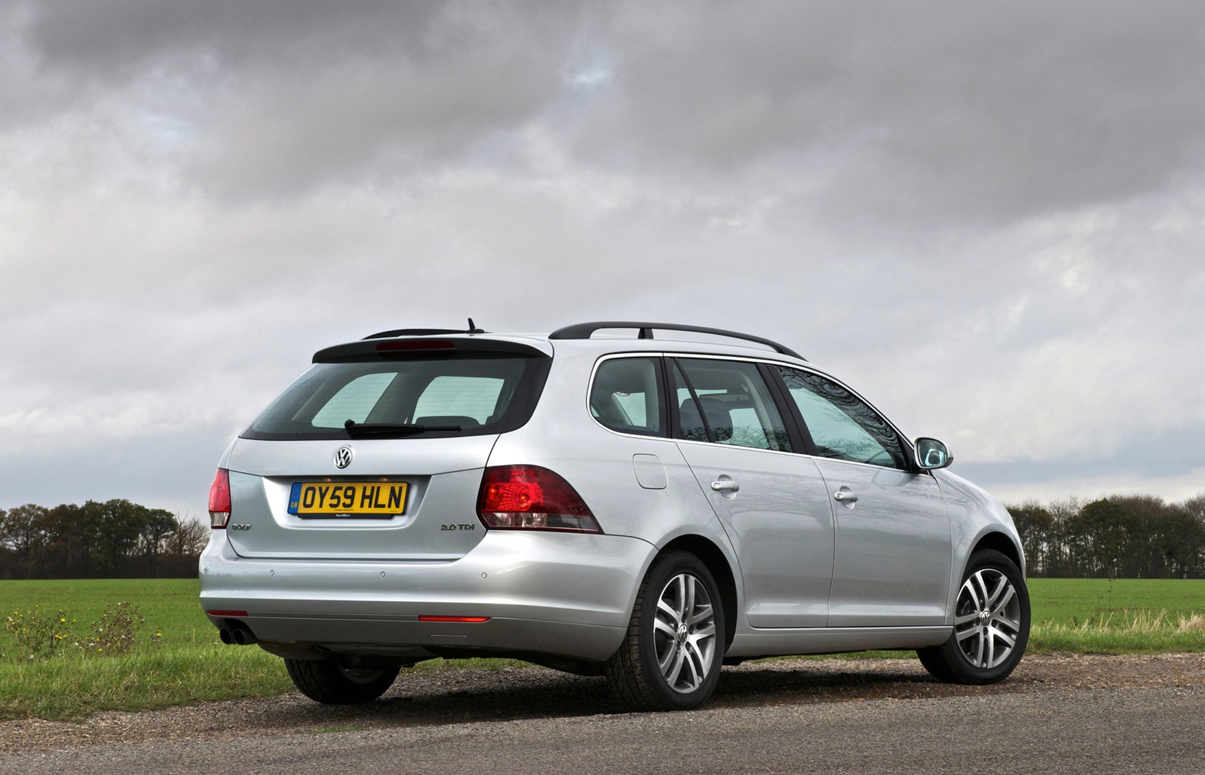 Golf Gtd Review >> Volkswagen Golf Estate Review (2009 - 2013) | Parkers