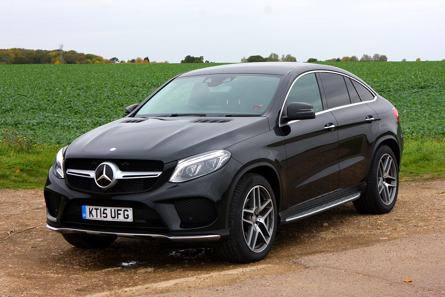Mercedes benz gle class coupe 2015 driving for How much are mercedes benz