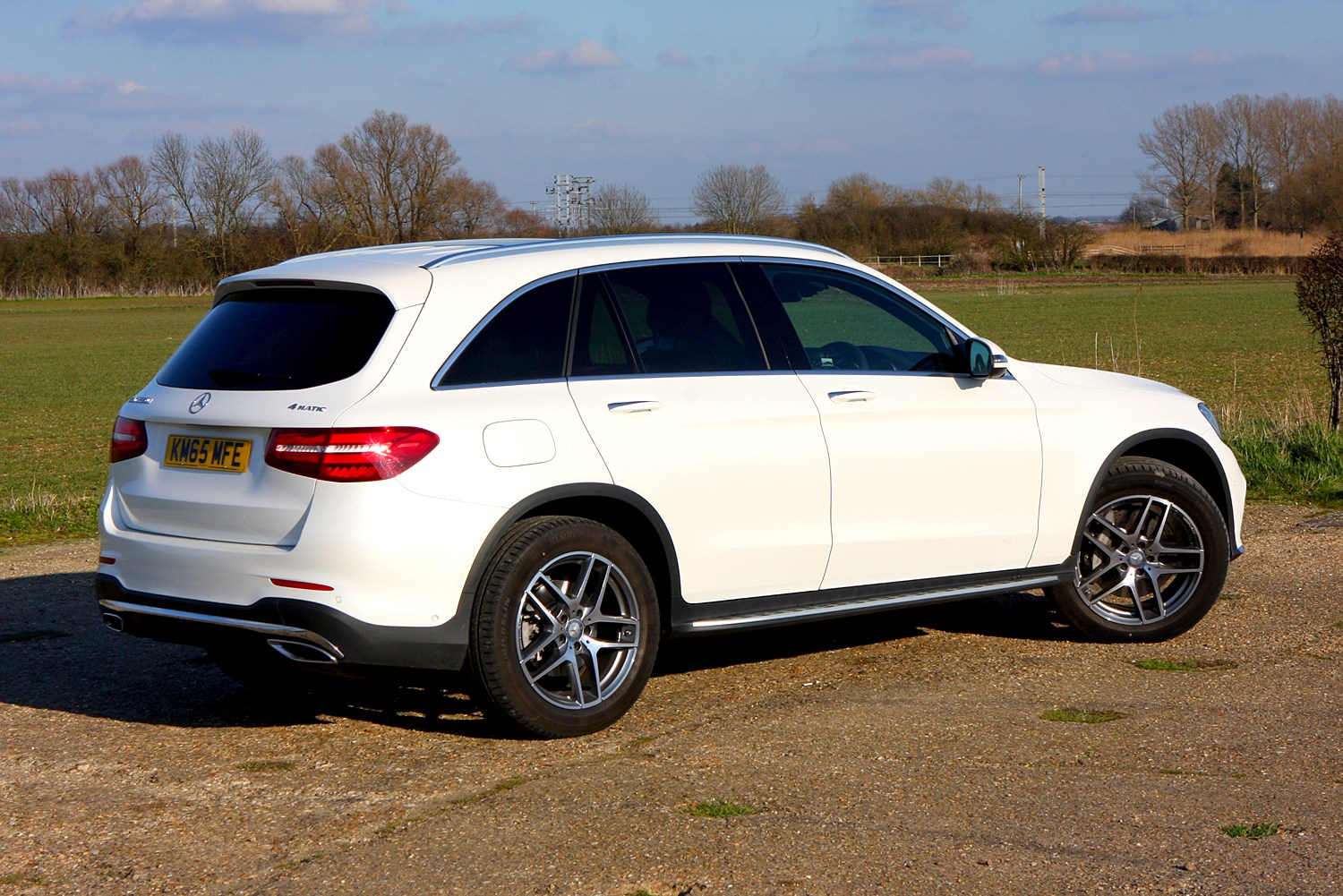 Mercedes benz glc class 4x4 review 2015 parkers for Mercedes benz in colorado