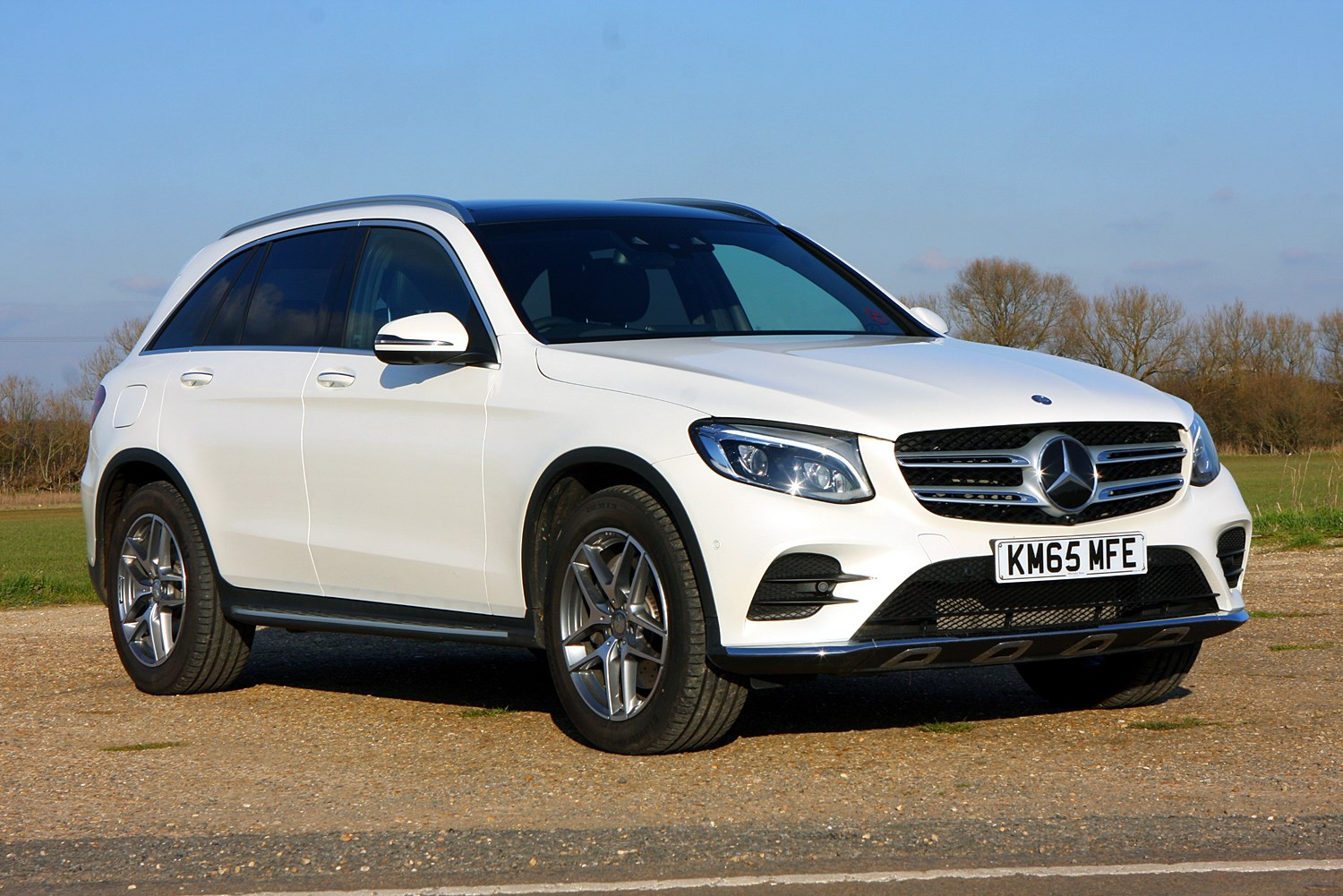 mercedes benz glc class 4x4 review 2015 parkers. Black Bedroom Furniture Sets. Home Design Ideas