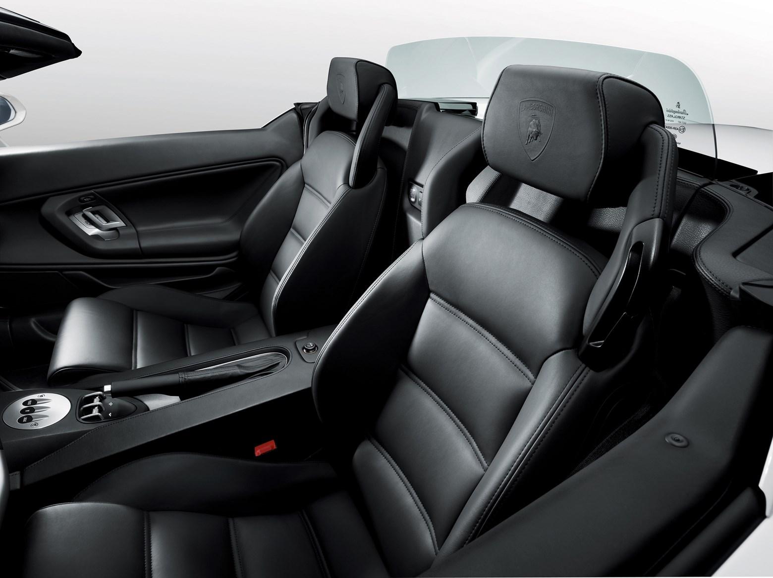Lamborghini Gallardo Coupe 2003 2013 Driving Performance Parkers
