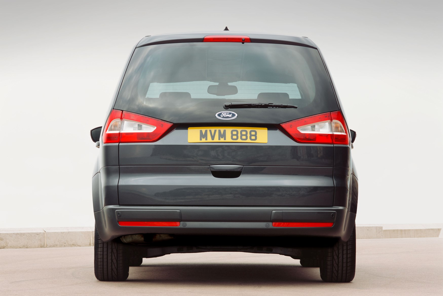 ford galaxy estate 2006 2014 features equipment and. Black Bedroom Furniture Sets. Home Design Ideas