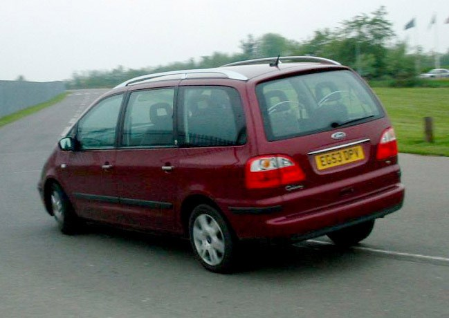 ford galaxy estate review 2000 2006 parkers. Black Bedroom Furniture Sets. Home Design Ideas