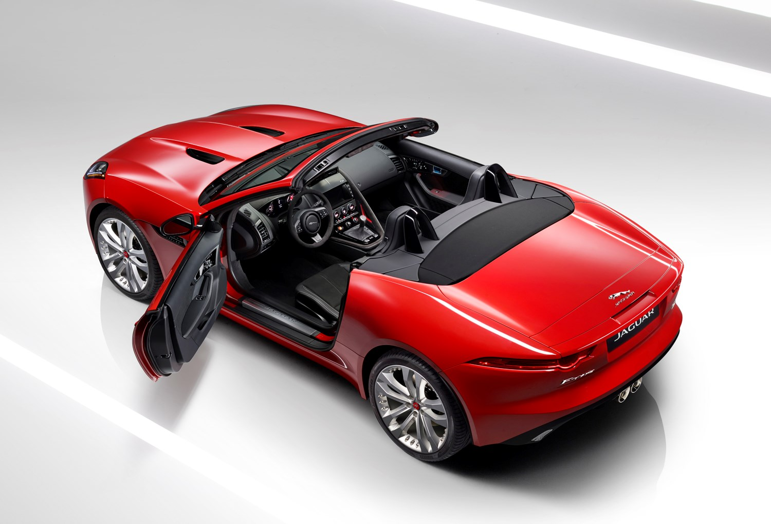 jaguar f type roadster 2013 features equipment and accessories parkers. Black Bedroom Furniture Sets. Home Design Ideas