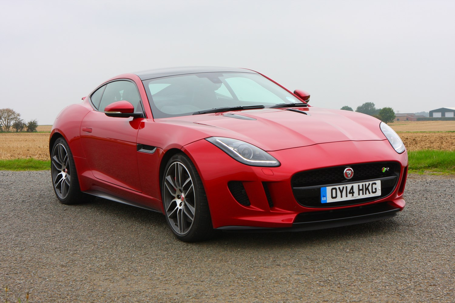 jaguar f type r coupe review 2014 parkers. Black Bedroom Furniture Sets. Home Design Ideas