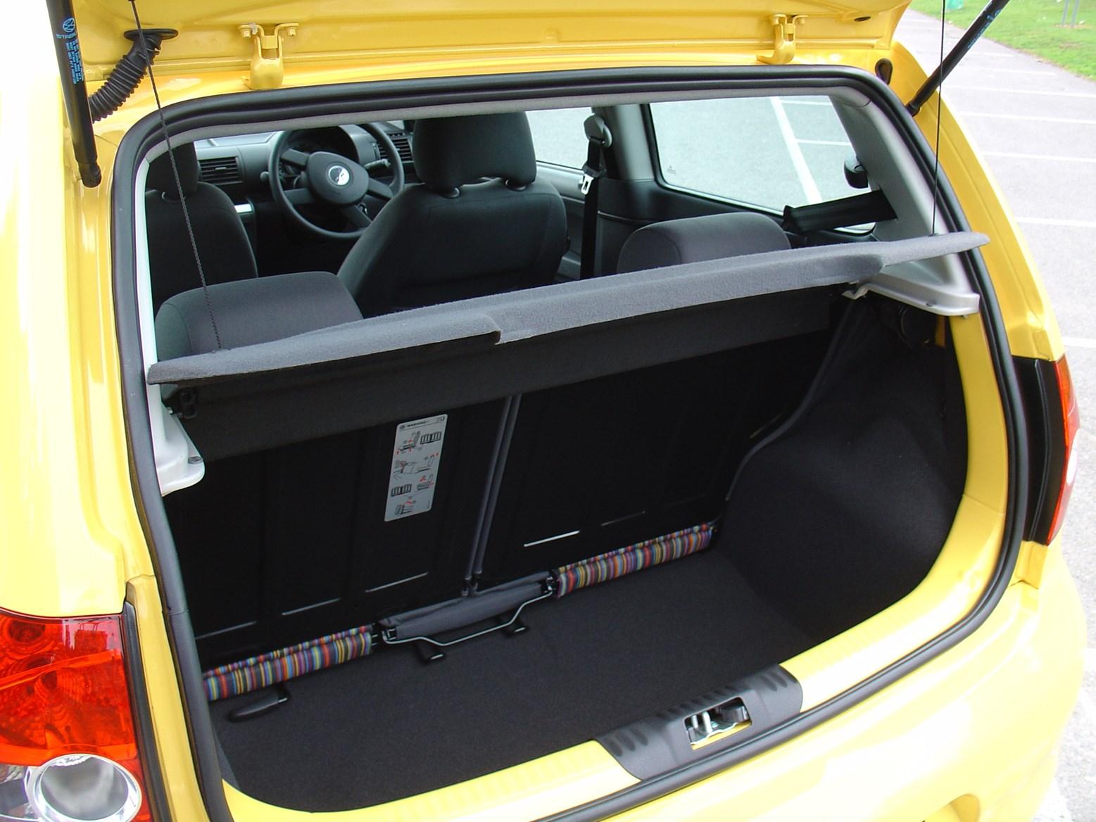 volkswagen fox hatchback 2006 2012 rivals parkers. Black Bedroom Furniture Sets. Home Design Ideas