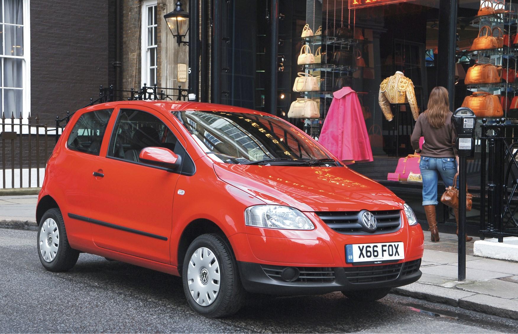 volkswagen fox hatchback review 2006 2012 parkers. Black Bedroom Furniture Sets. Home Design Ideas