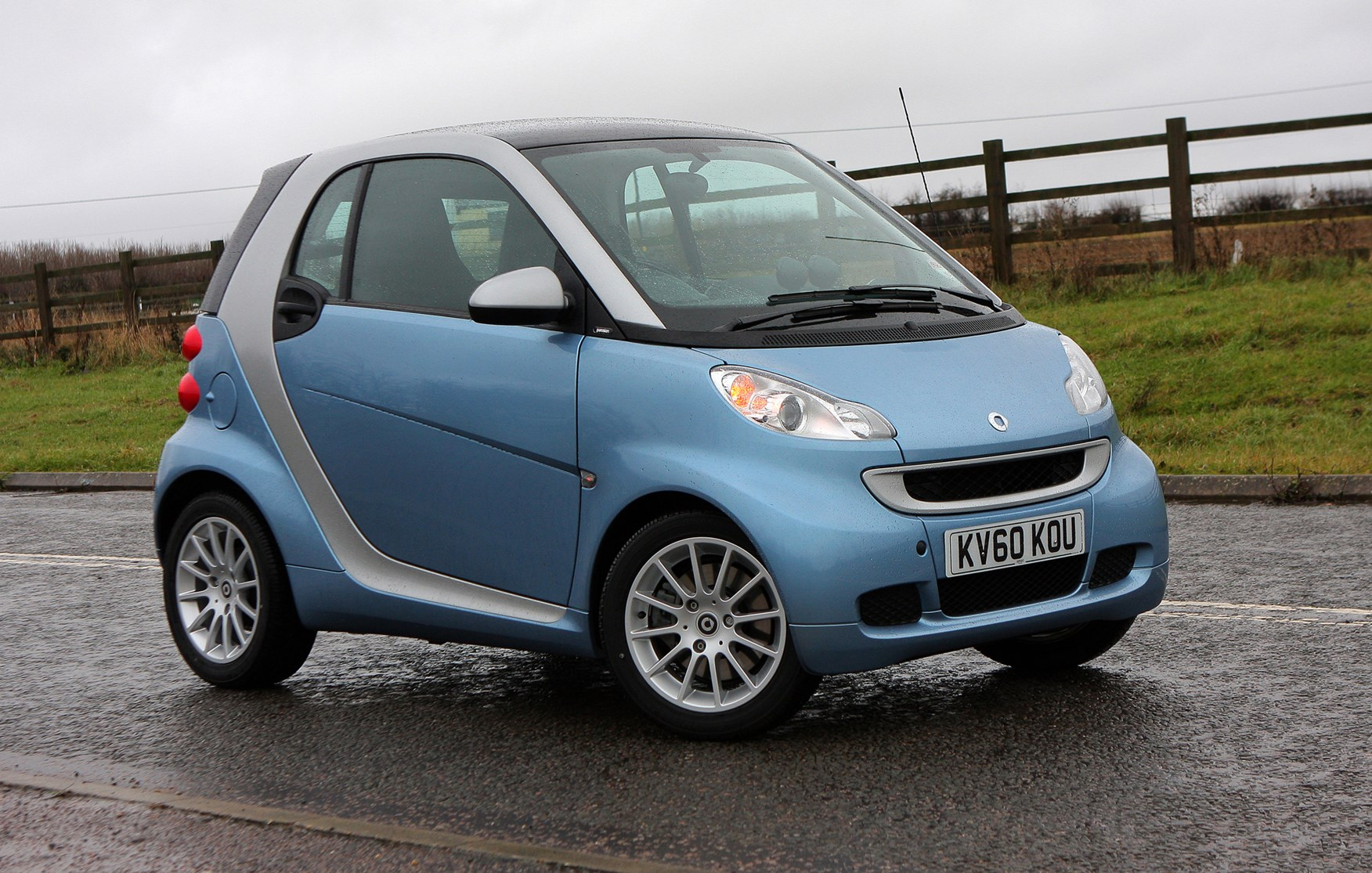Smart Fortwo Coupe Review 2007 2014 Parkers Fuse Box How Much Is It To Insure