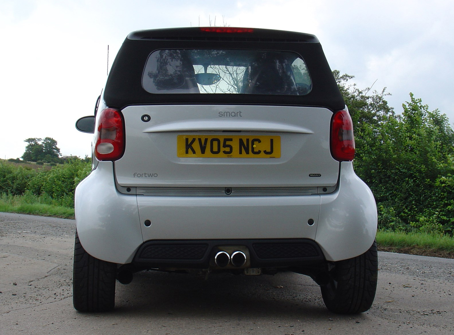 Smart Fortwo Cabriolet 2004 2007 Features Equipment