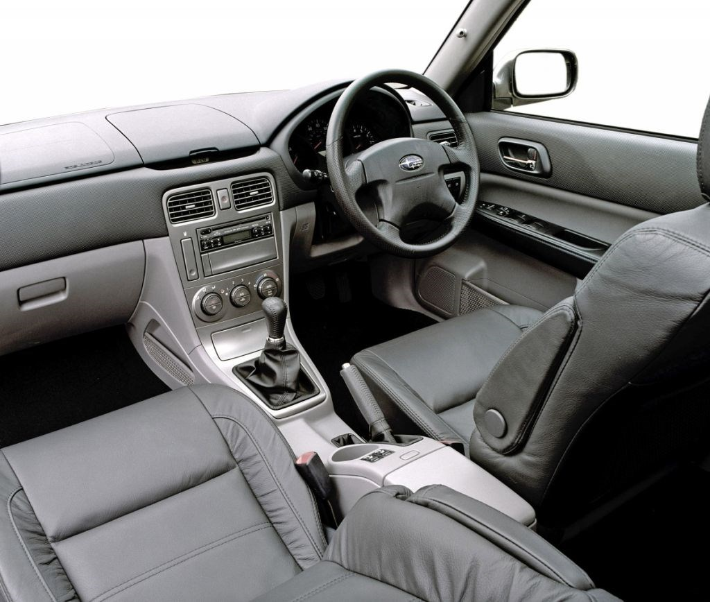 subaru forester estate 2002 2008 features equipment and accessories parkers. Black Bedroom Furniture Sets. Home Design Ideas