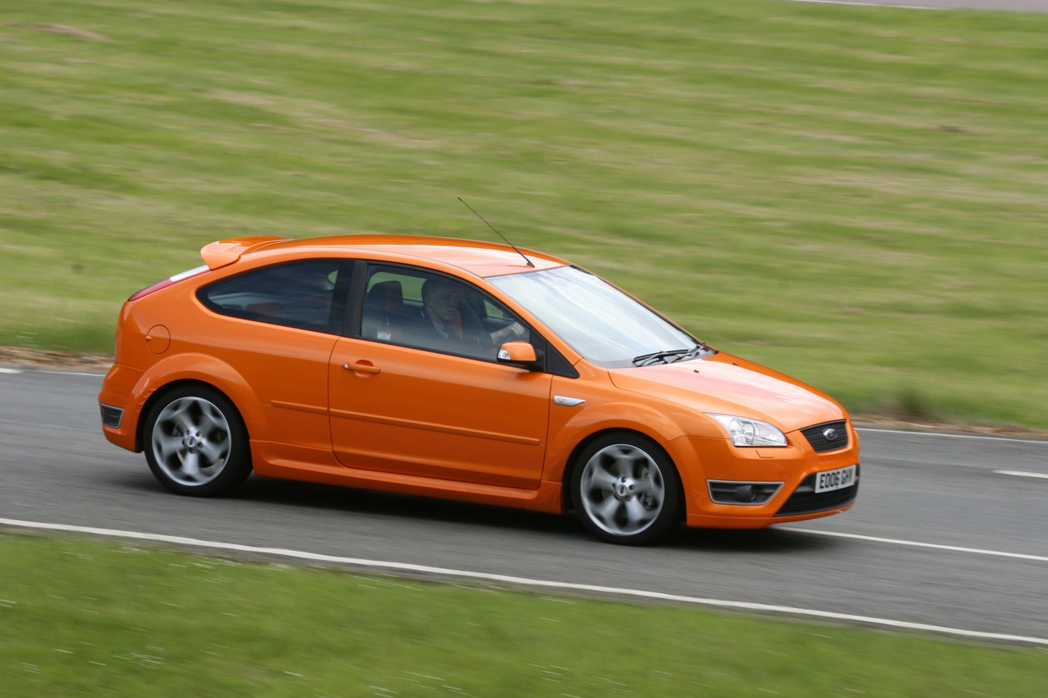 Used Ford Focus For Sale >> Ford Focus ST (2006 - 2010) Features, Equipment and Accessories | Parkers