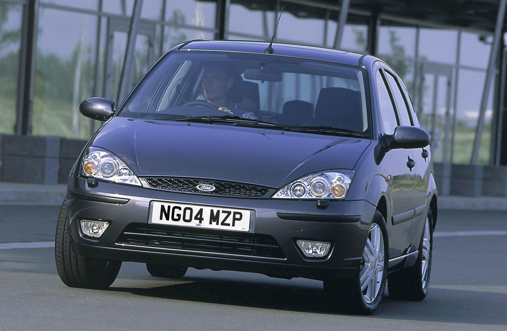 Ford Focus Hatchback Review 1998 2004 Parkers