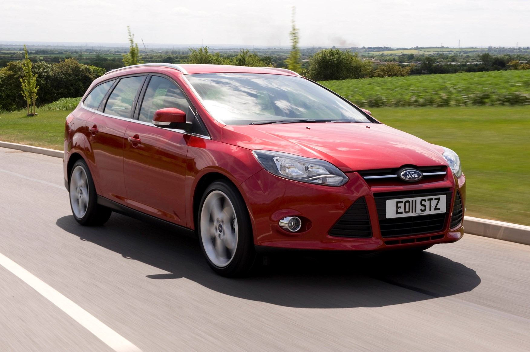 ford focus estate review  2011